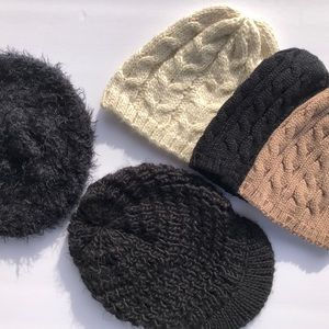 Accessories - Lot of 5 winter hats